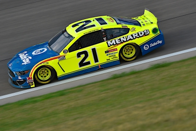 Menards/Dutch Boy Team Heads to Bristol