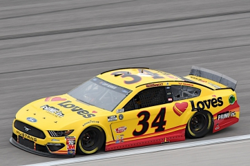 McDowell Returns Home to Phoenix for Season Finale with Love's Travel Stops