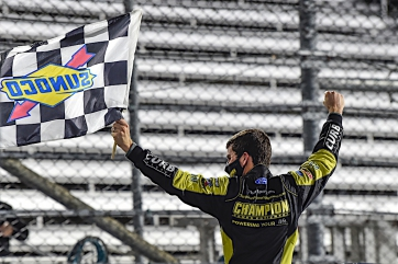 Enfinger advances with Truck Playoff win at Martinsville, Smith clinches final Championship 4 spot