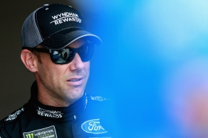 NCS: Matt Kenseth to replace Larson in the No. 42 for remainder of season