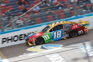 Kyle Busch, No. 18 M&M'S Toyota Camry Race Recap for the Season Finale 500k