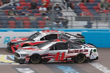 Custer Closes Out Rookie Season at Phoenix