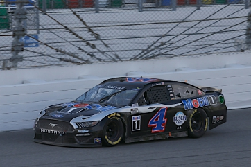 Mobil 1 Racing: Kevin Harvick Darlington Advance