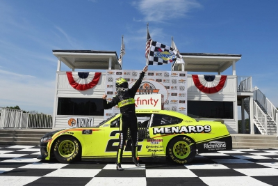 Austin Cindric gets sixth career Xfinity win at Road America
