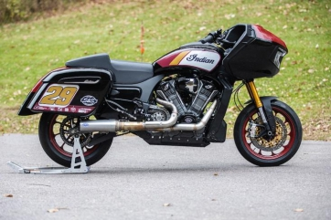 Custom Indian Challenger x S&S Cycle Race Bike Revealed - King of the Baggers Race
