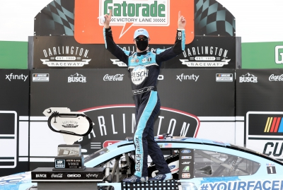 Kevin Harvick Named Richard Petty Driver of the Year for 2020
