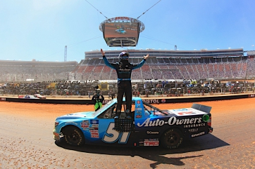 Martin Truex Jr. wins the Pinty's Truck Race on Dirt at Bristol