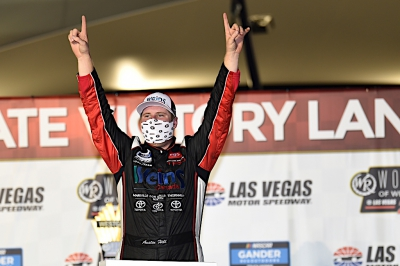 Austin Hill Wins at Las Vegas Motor Speedway
