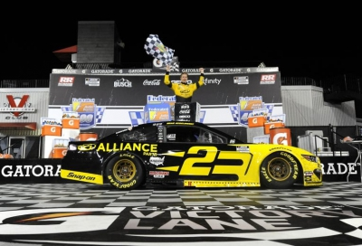 NCS:Brad Keselowski wins Cup playoff race at Richmond