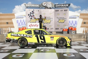NXS: Brandon Jones wins in overtime at Kansas Speedway