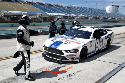 Chase Briscoe Rallies for Top-10 at Homestead