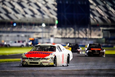McLaughlin Scores Third Straight Top-10 in Stormy Daytona Outing