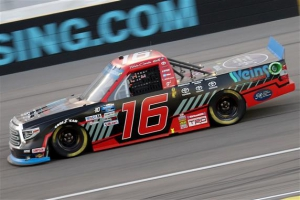Austin Hill Plays His Cards Right to Collect Las Vegas Win