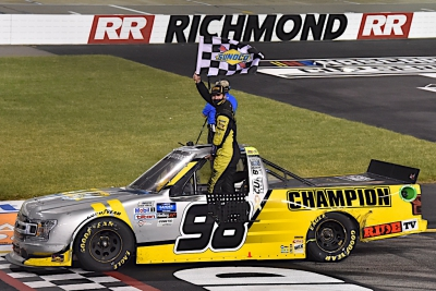 Enfinger wins Gander Trucks season finale at Richmond, Hill clinches regular season title